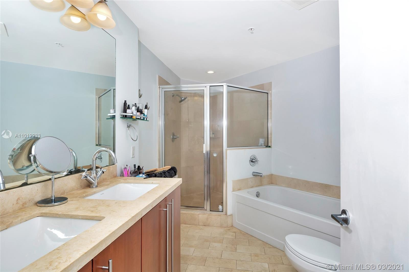 1111 SW 1st Ave #1625-N photo016