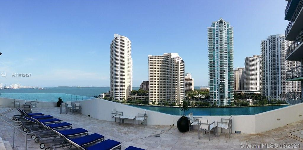 335 S Biscayne Blvd #1702 photo013