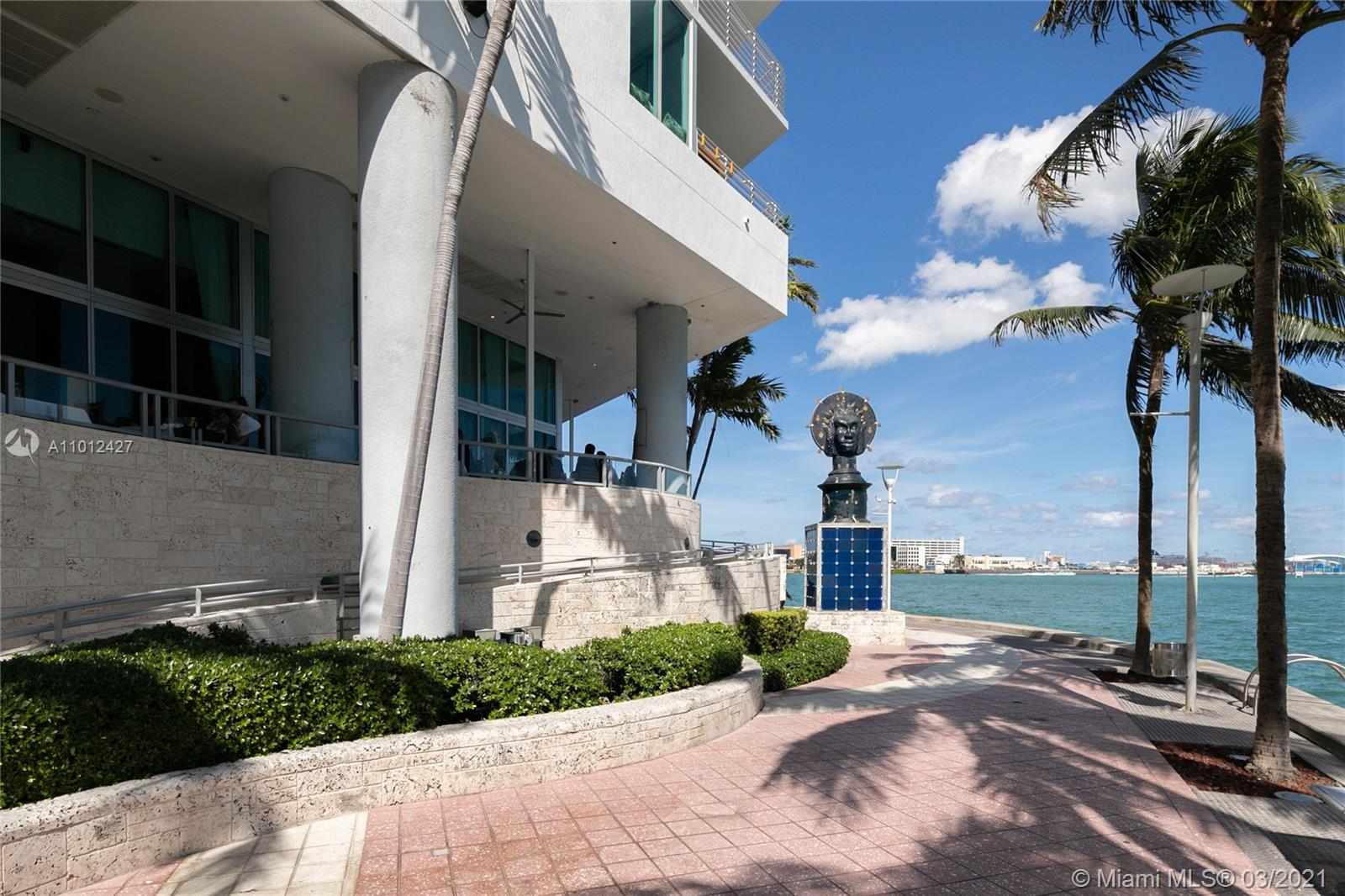 335 S Biscayne Blvd #1702 photo025