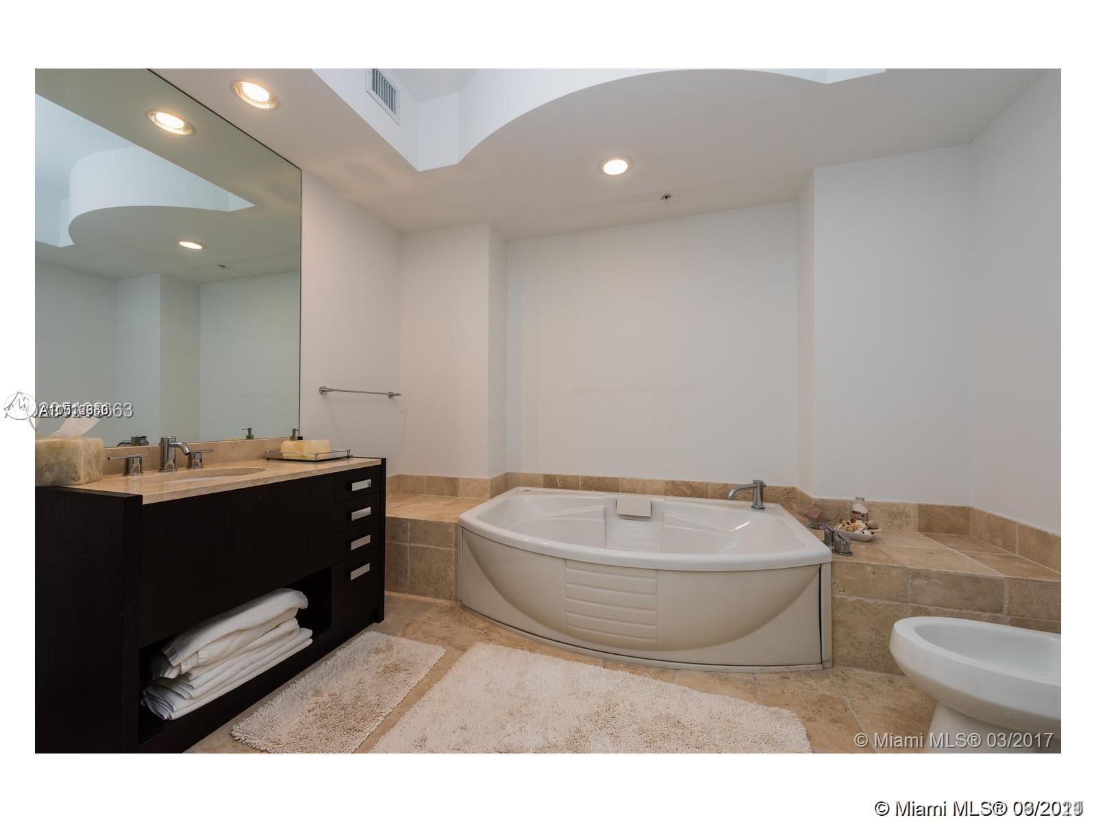 18201 Collins Ave #3308 photo022
