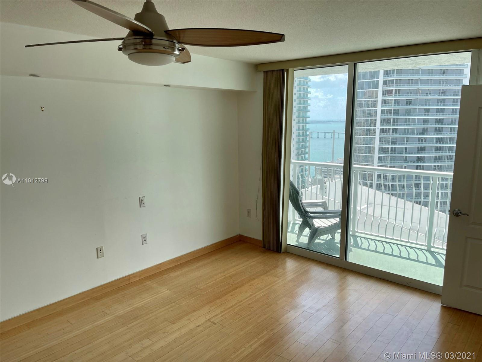 1200 Brickell Bay Dr #3409 photo02