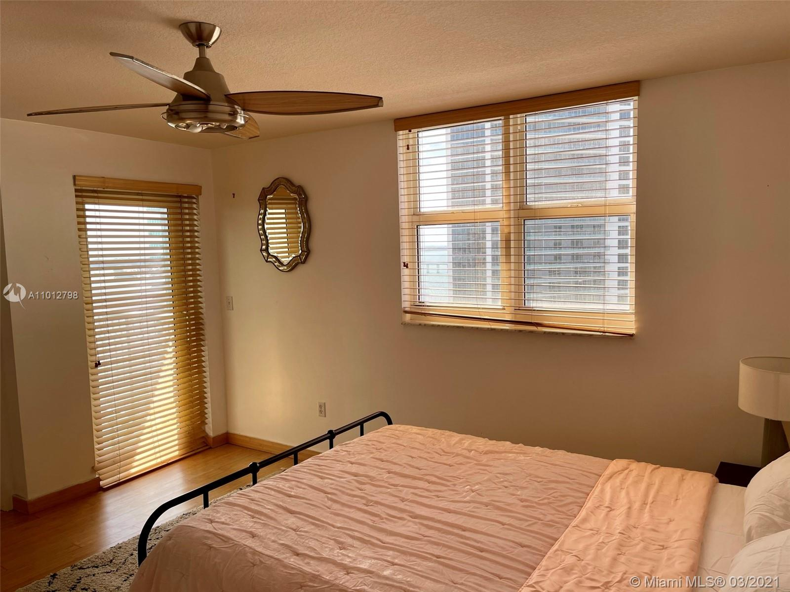 1200 Brickell Bay Dr #3409 photo08