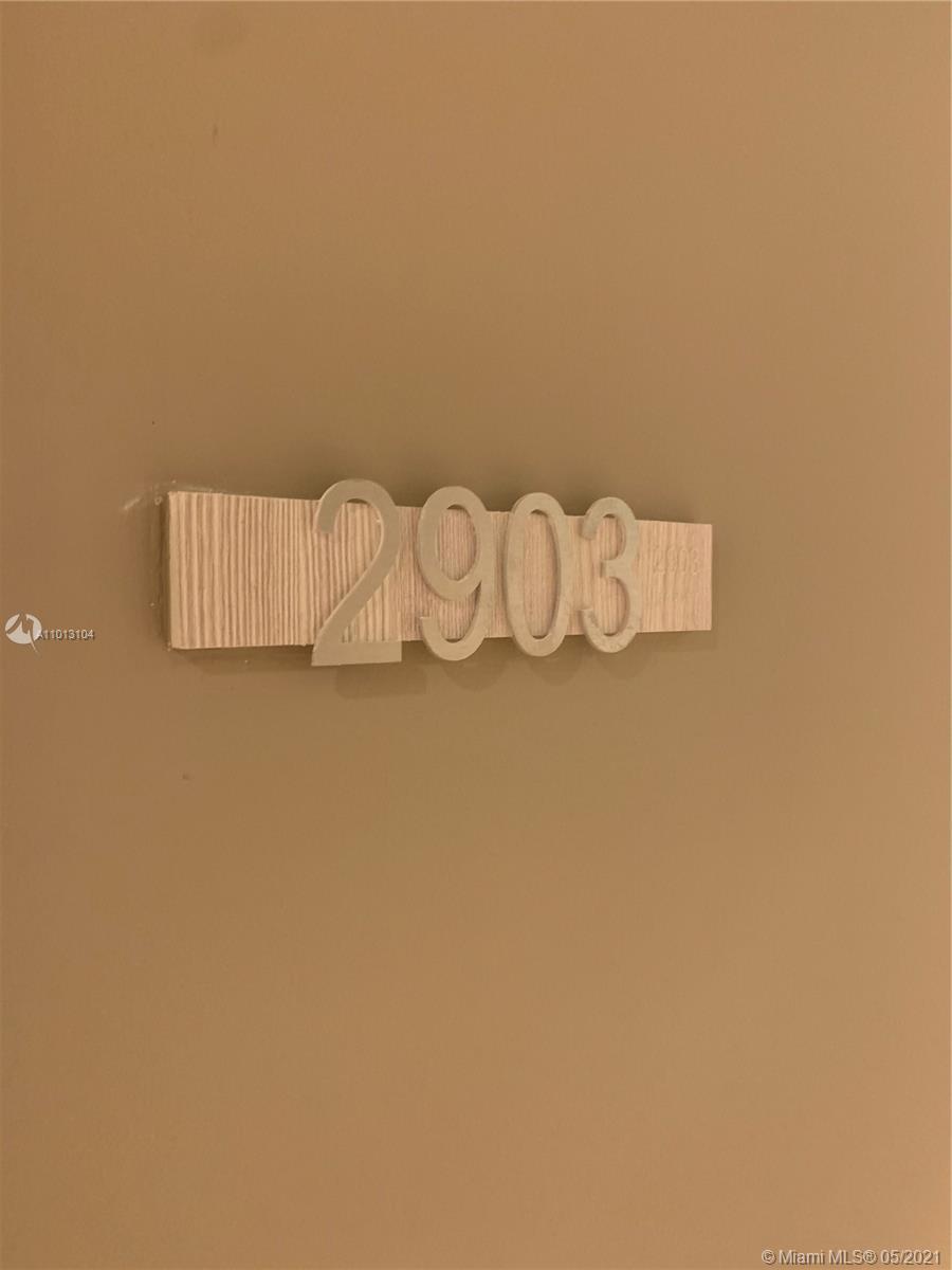 1000 Brickell Plz #2903 photo041