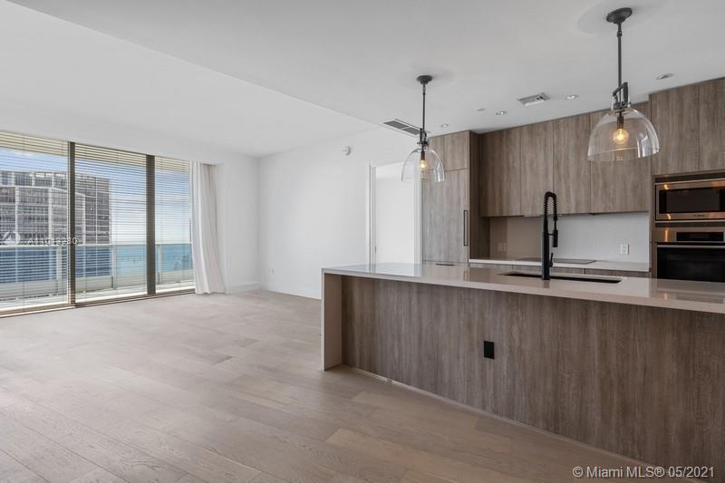 Epic Residences #5108 - 200 Biscayne Blvd Way #5108, Miami, FL 33132