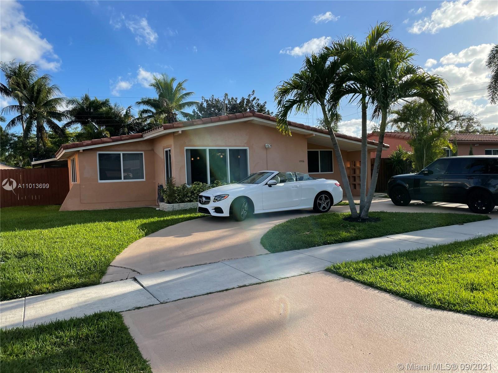 Gulfstream Estates - 1006 NE 6th St, Hallandale Beach, FL 33009