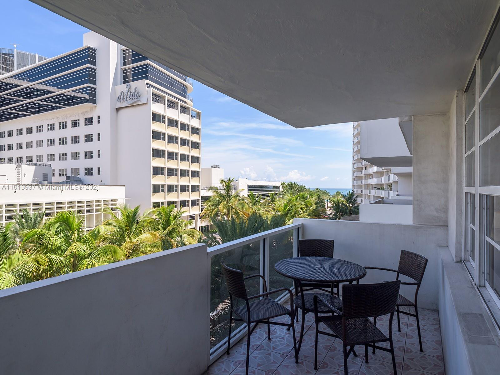 Decoplage #410 - 100 Lincoln Rd #410, Miami Beach, FL 33139