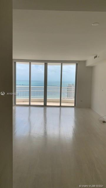 848 Brickell Key Dr #3703 photo016
