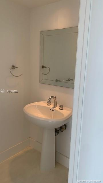 848 Brickell Key Dr #3703 photo019