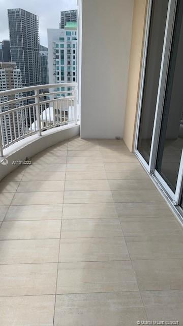 848 Brickell Key Dr #3703 photo08