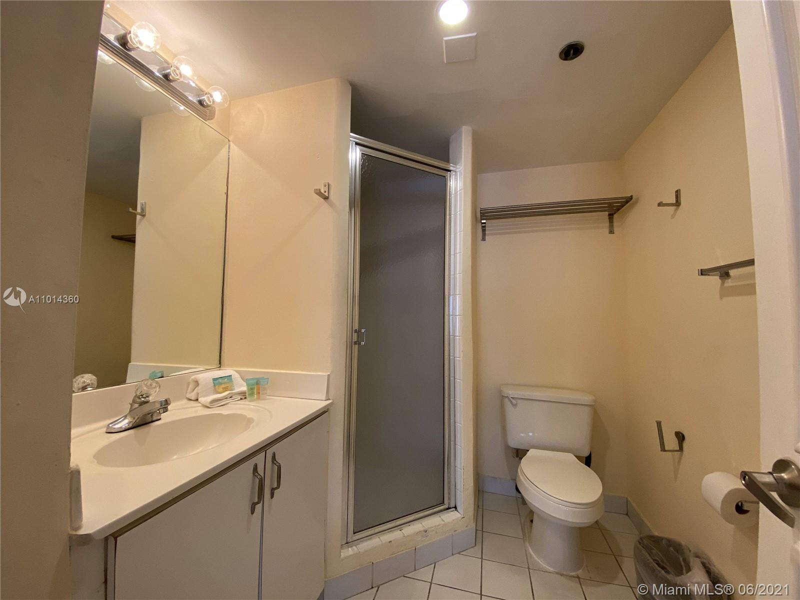 5225 Collins Ave #407 photo014