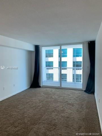 1200 Brickell Bay Dr #2310 photo02