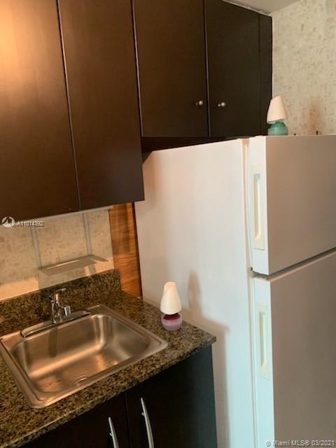 1200 Brickell Bay Dr #2310 photo04
