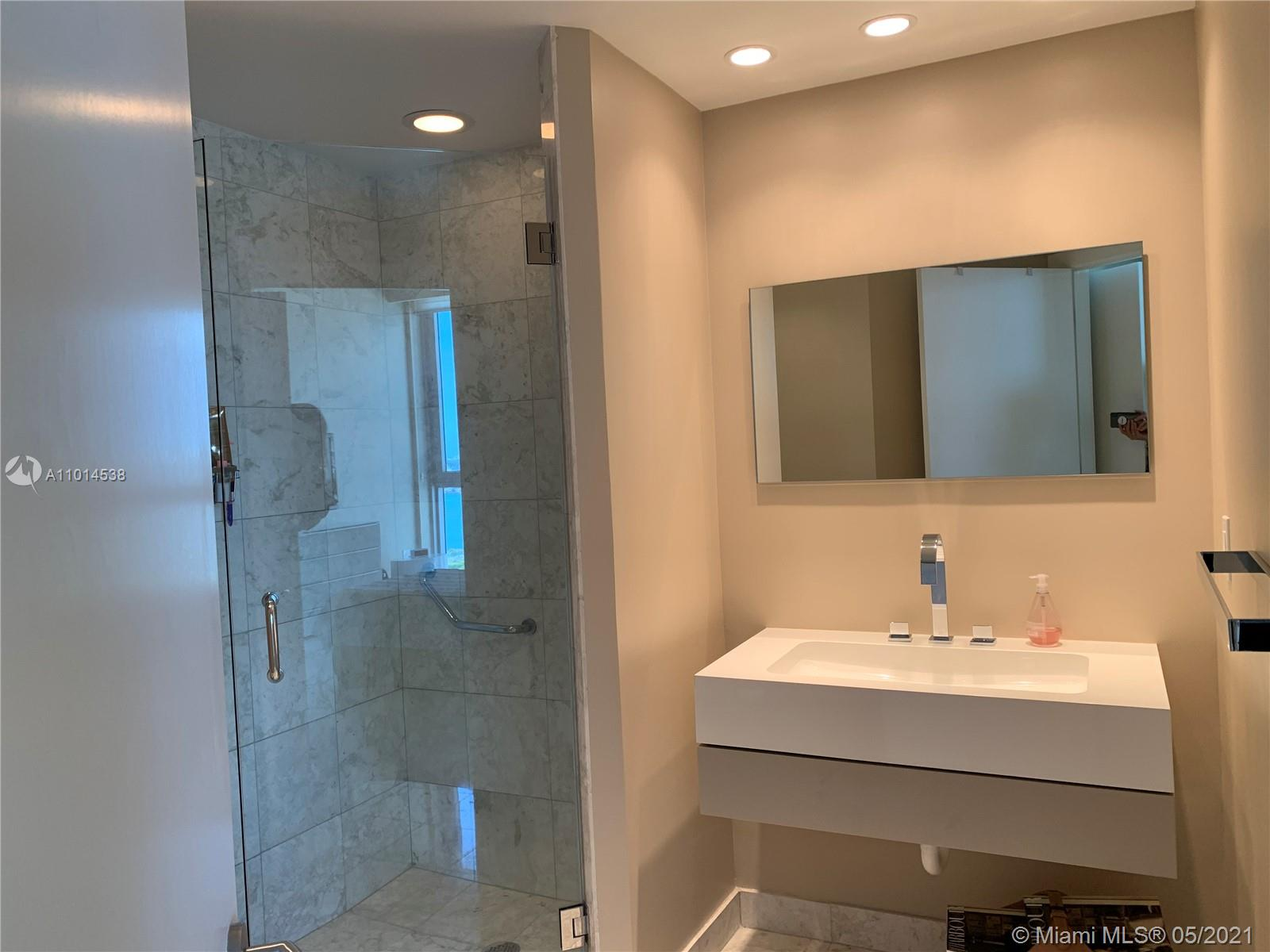 1331 Brickell Bay Dr #2901 photo014