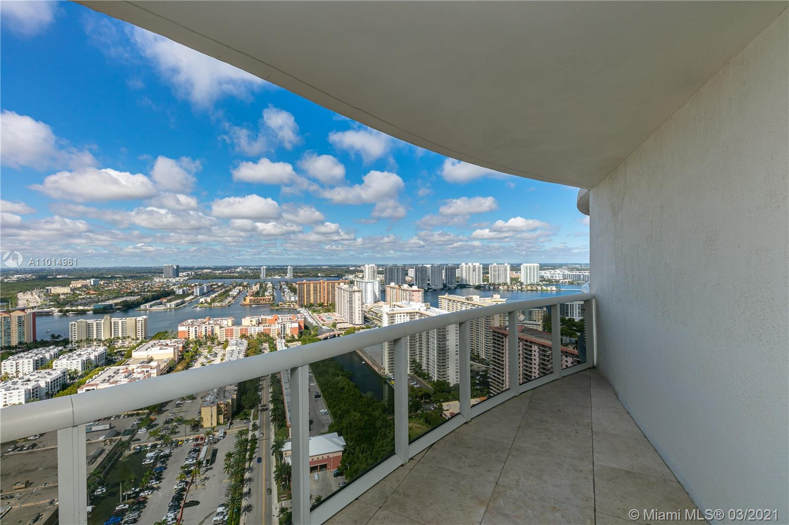 17201 Collins Ave #3907 photo031