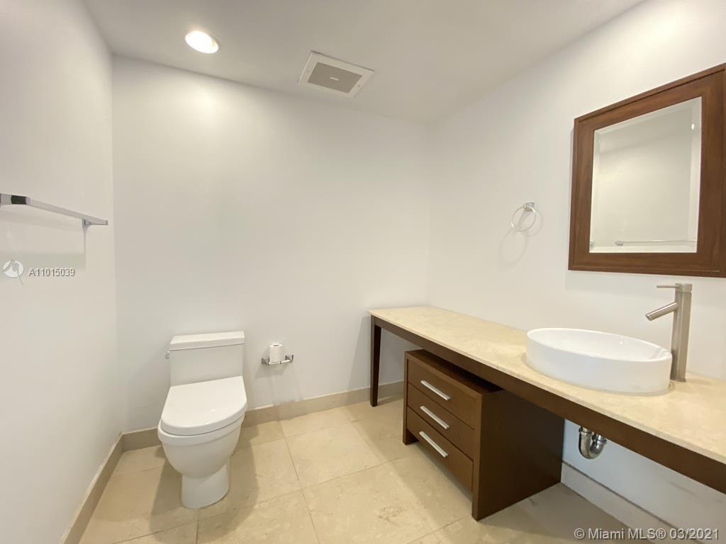 465 Brickell Ave #2904 photo028