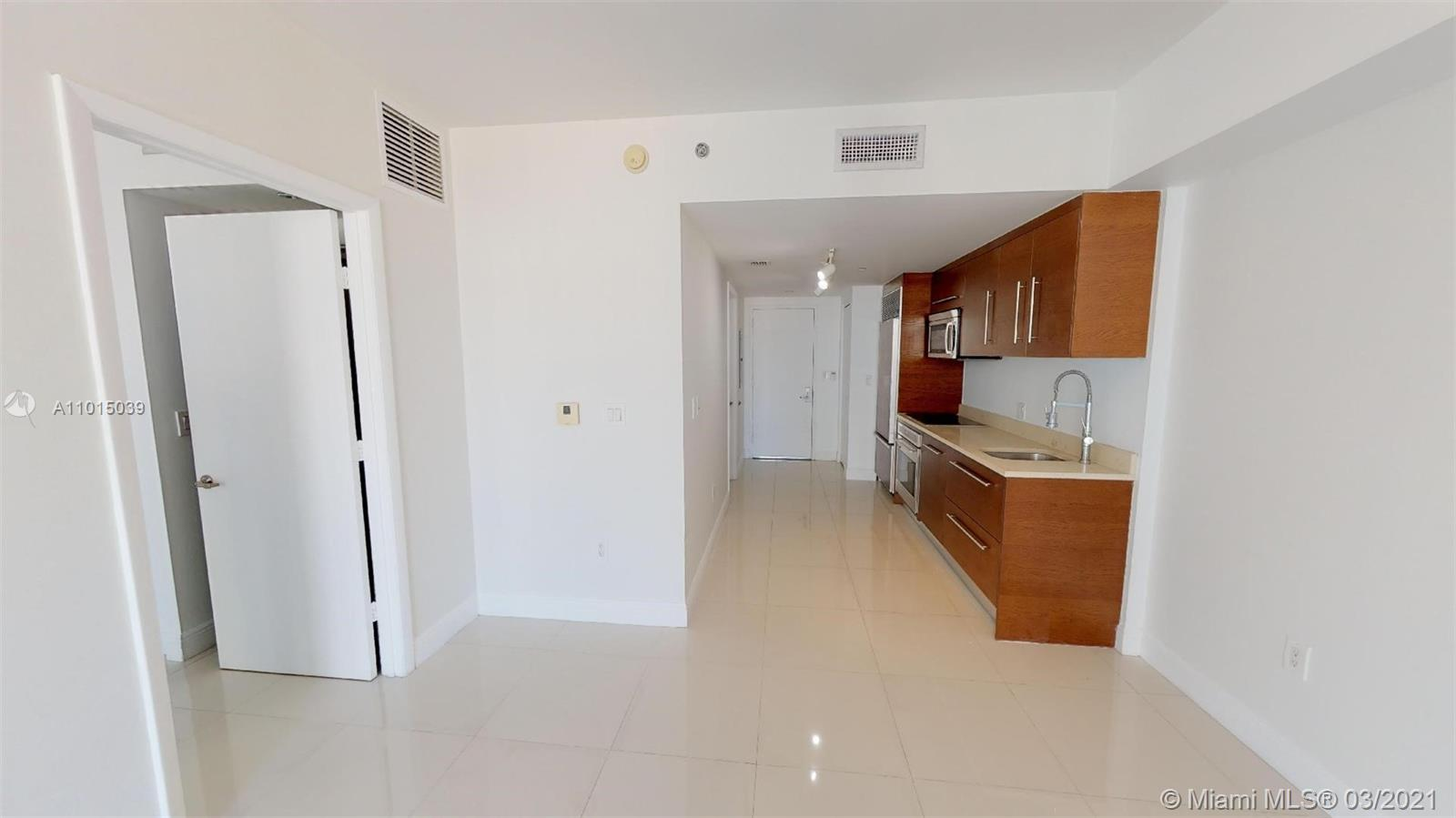 465 Brickell Ave #2904 photo010