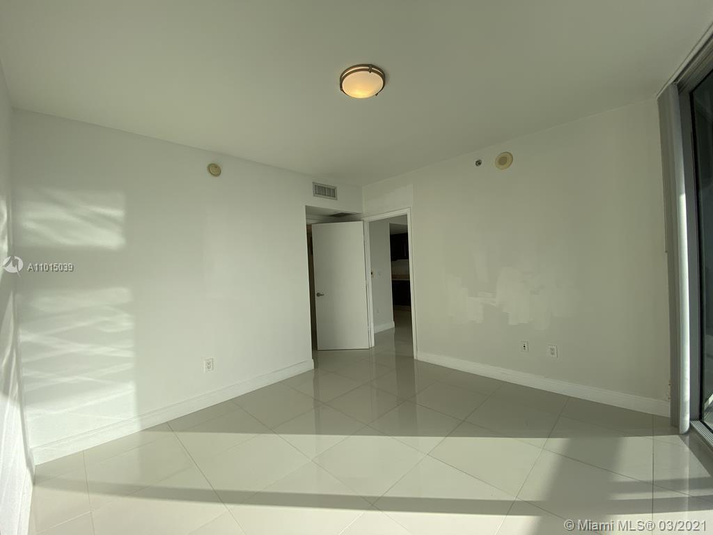 465 Brickell Ave #2904 photo018