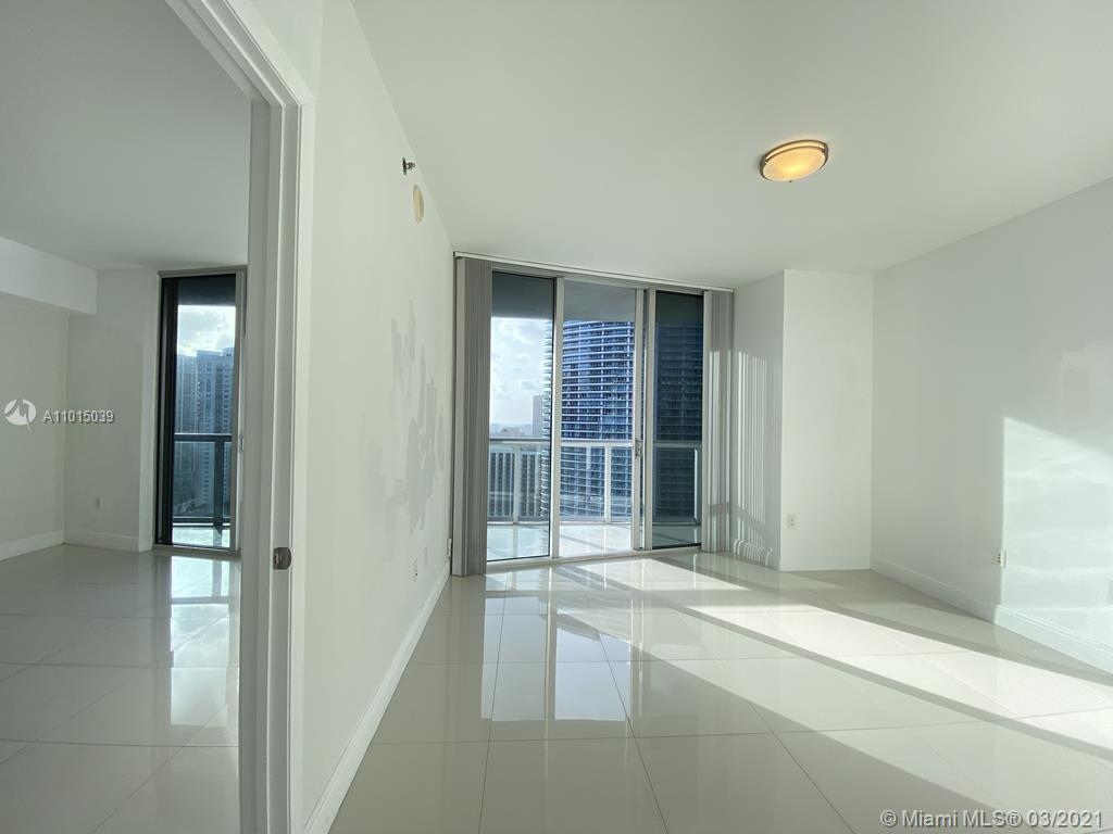465 Brickell Ave #2904 photo015