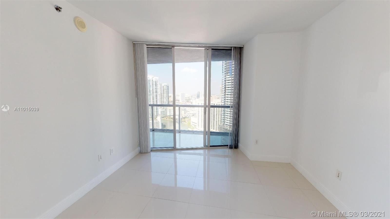 465 Brickell Ave #2904 photo011