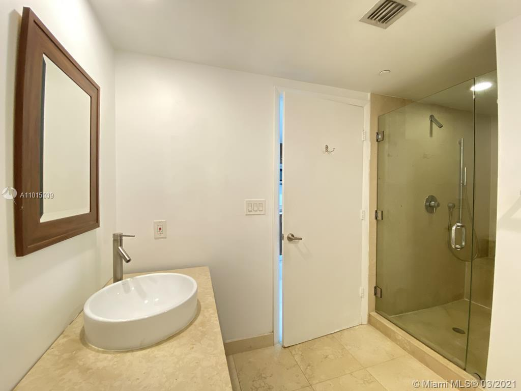 465 Brickell Ave #2904 photo029