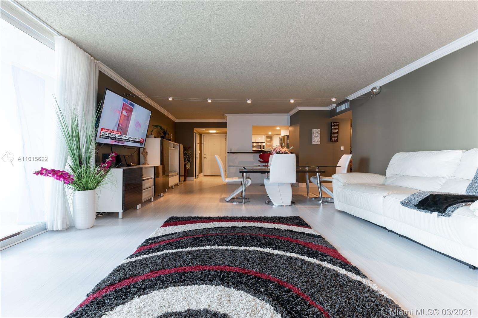 Arlen House #505 - 100 Bayview Dr #505, Sunny Isles Beach, FL 33160