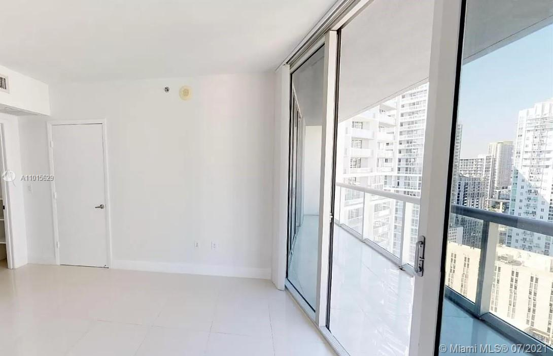 465 Brickell Ave #3904 photo017