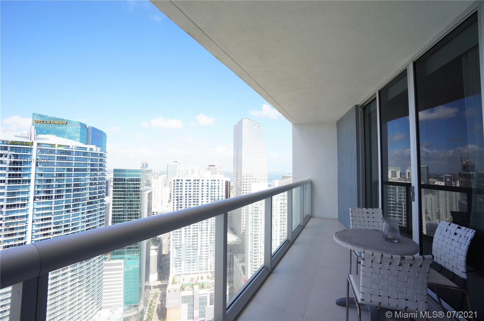 465 Brickell Ave #3904 photo021