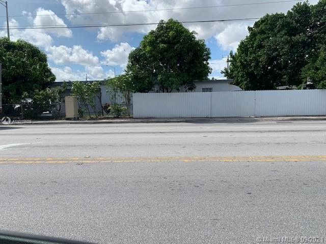 890 E 10th Ave photo01