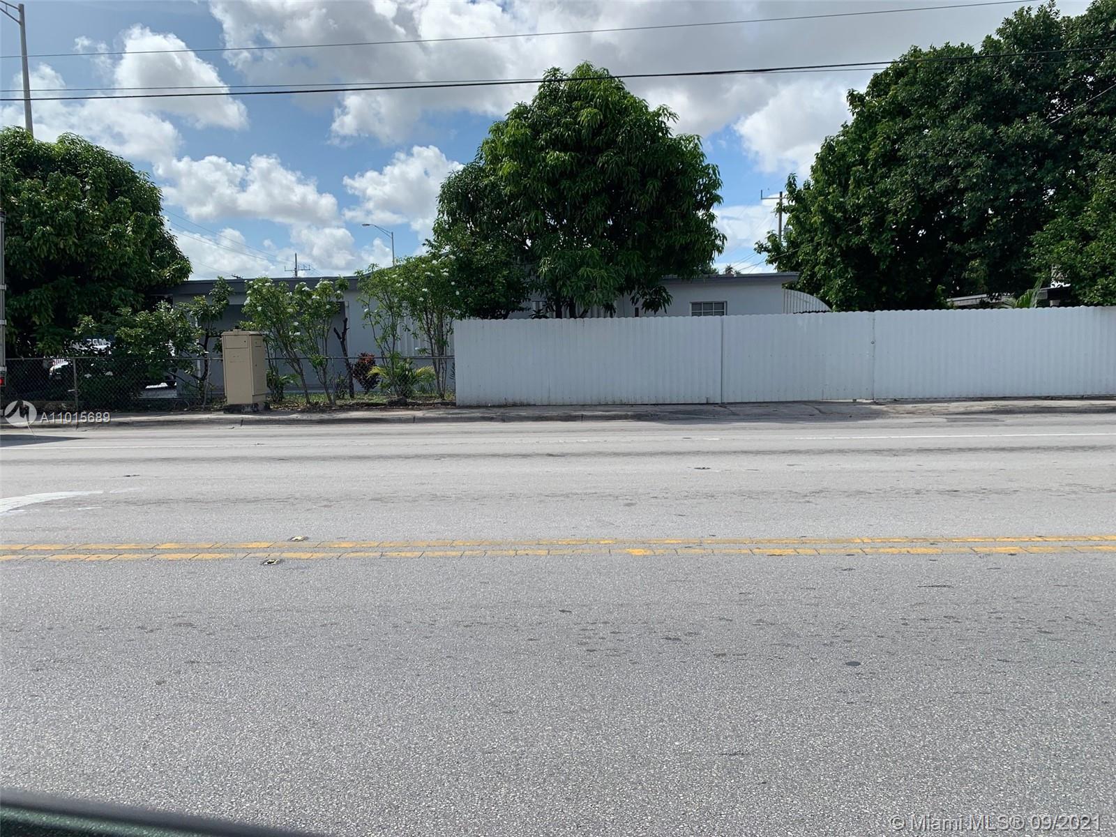 890 E 10th Ave photo010