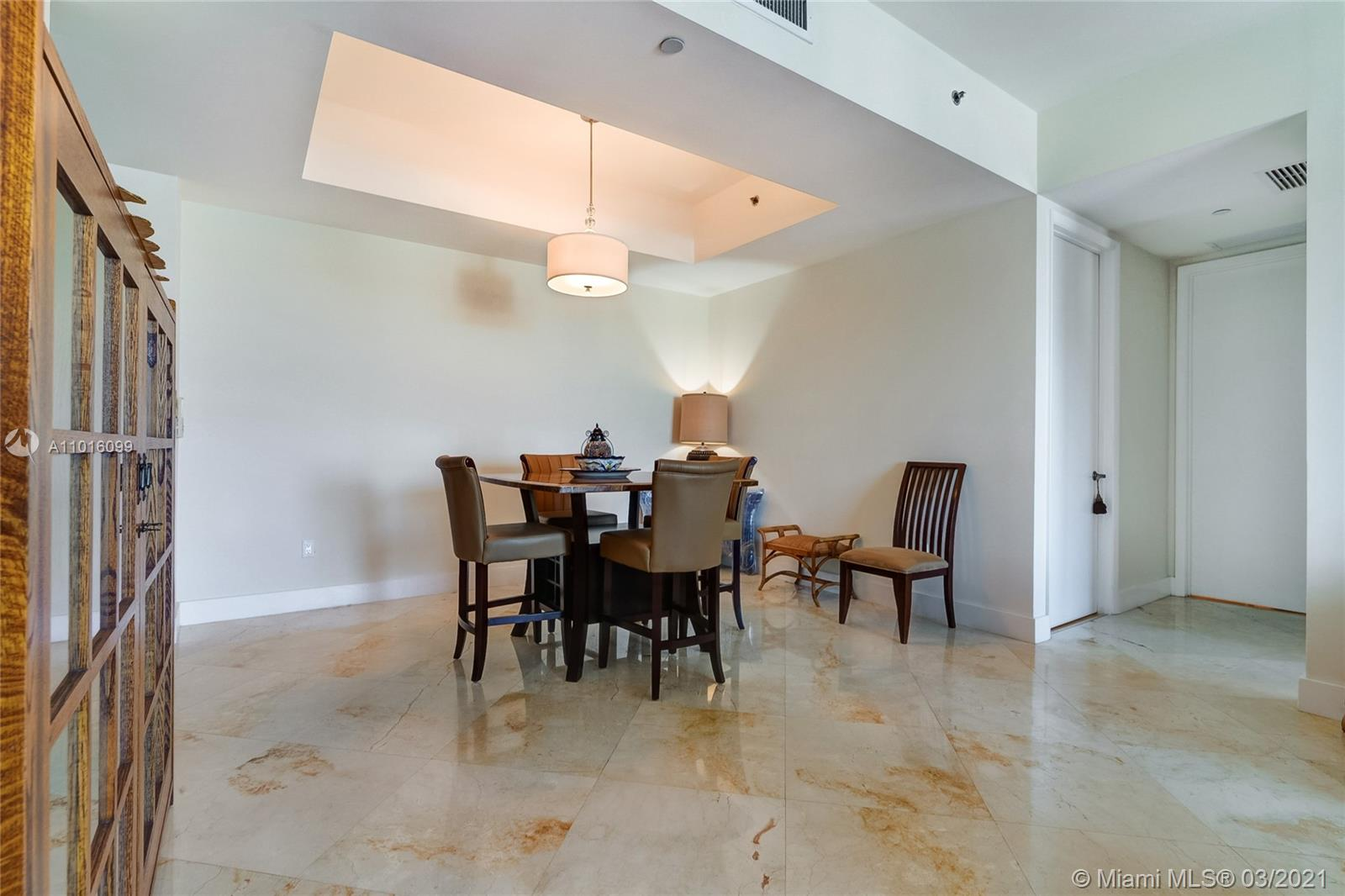 15901 Collins Ave #2805 photo05