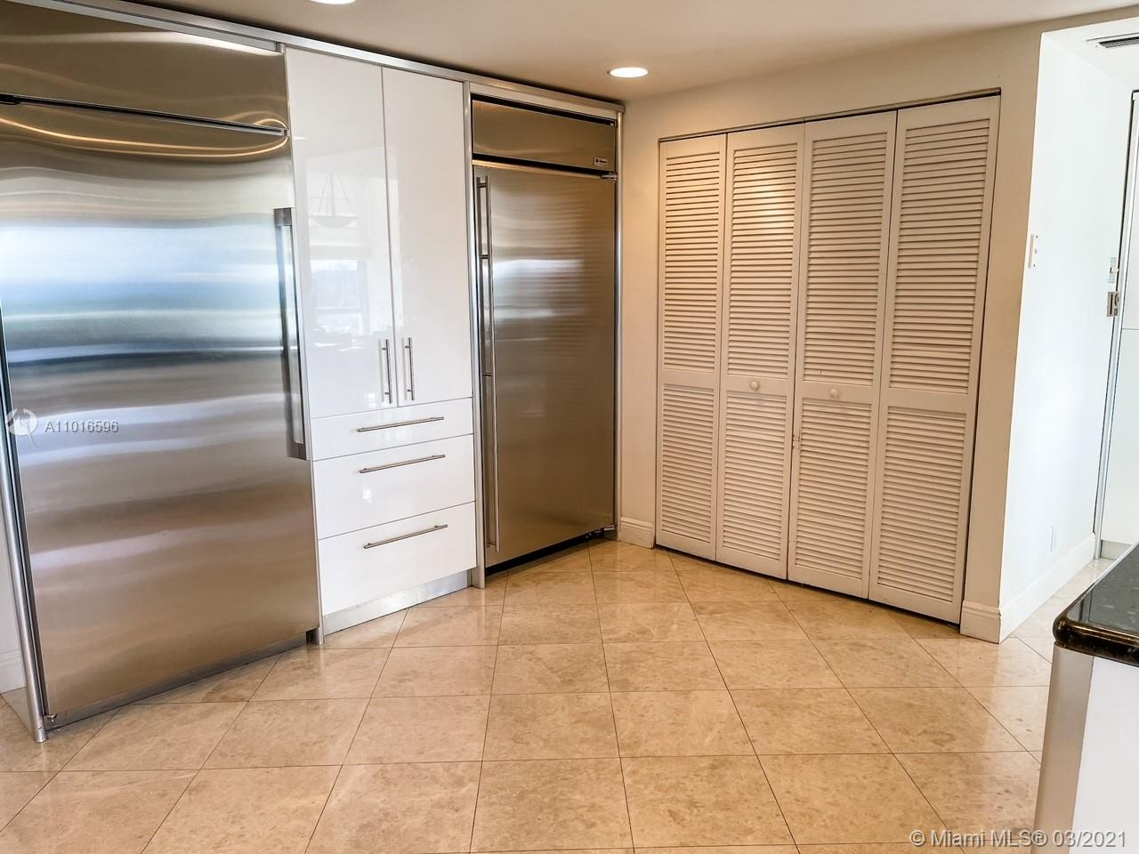 10155 Collins Ave #710 photo09