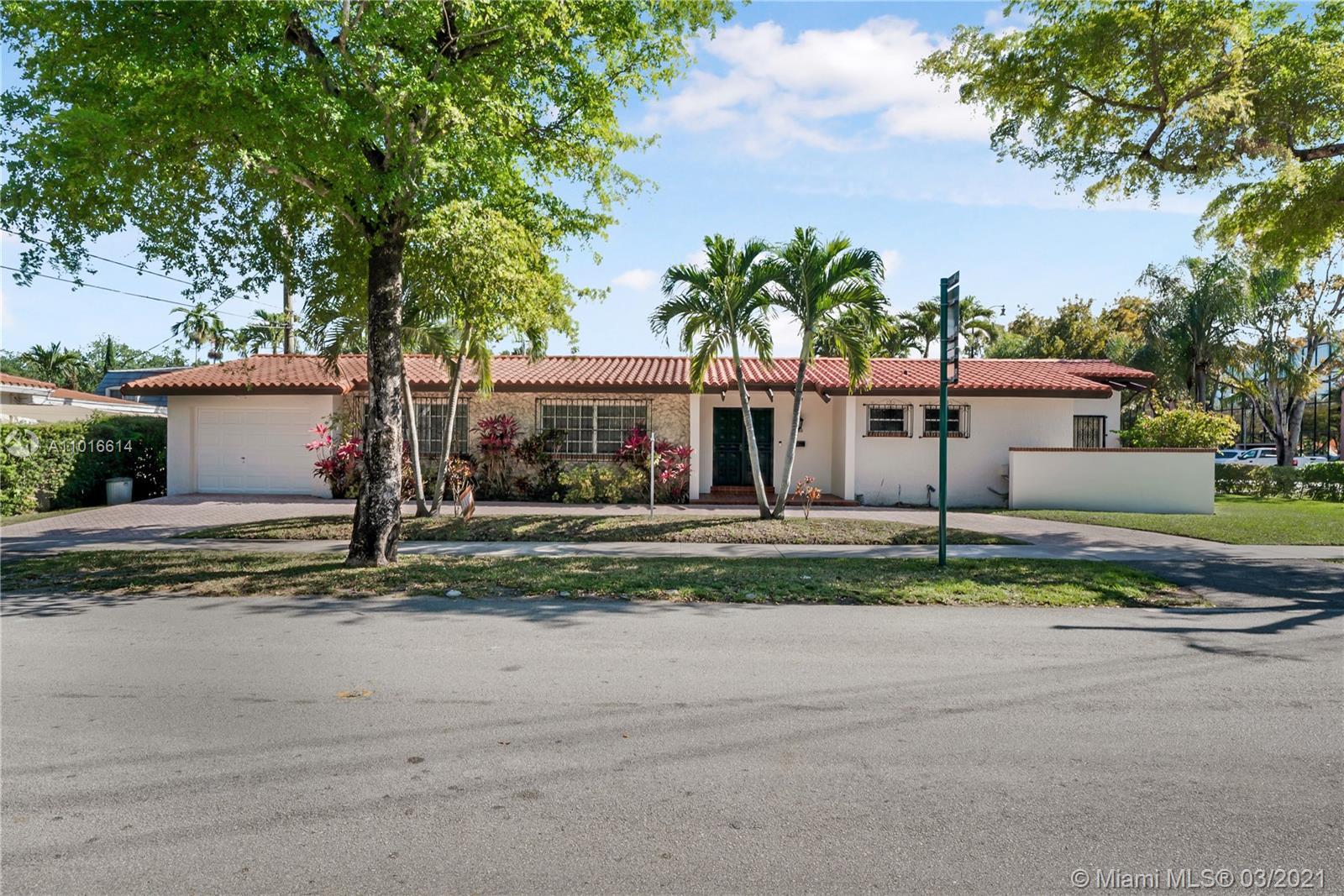 Main property image for  1550 Venetia Ave #
