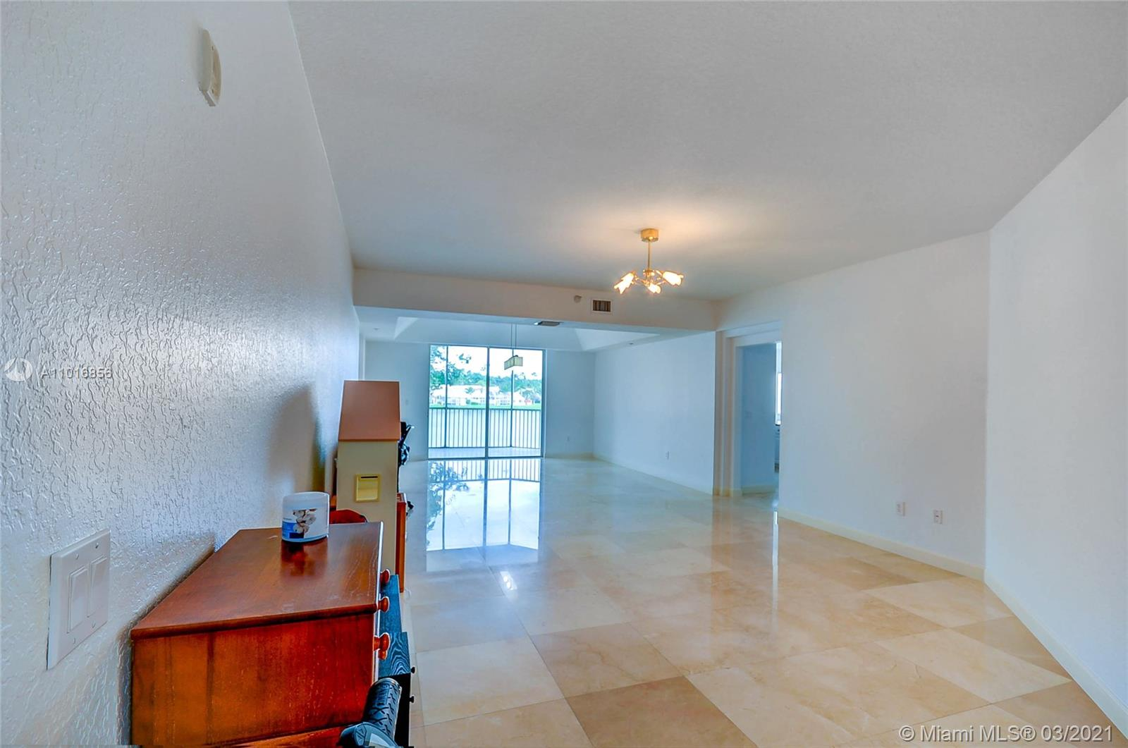 10700 NW 66th St #207 photo014