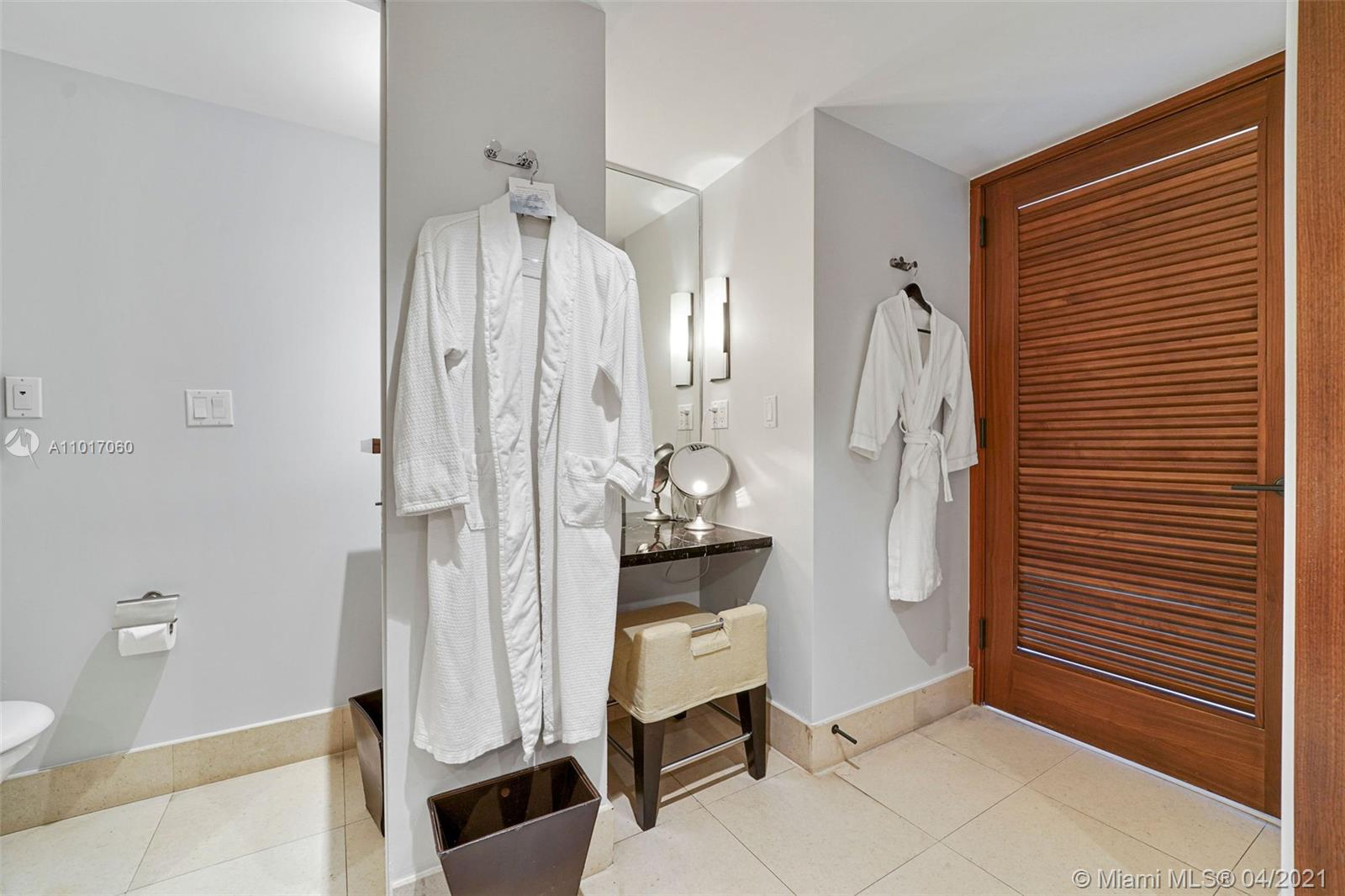 6801 Collins Ave #611 photo024