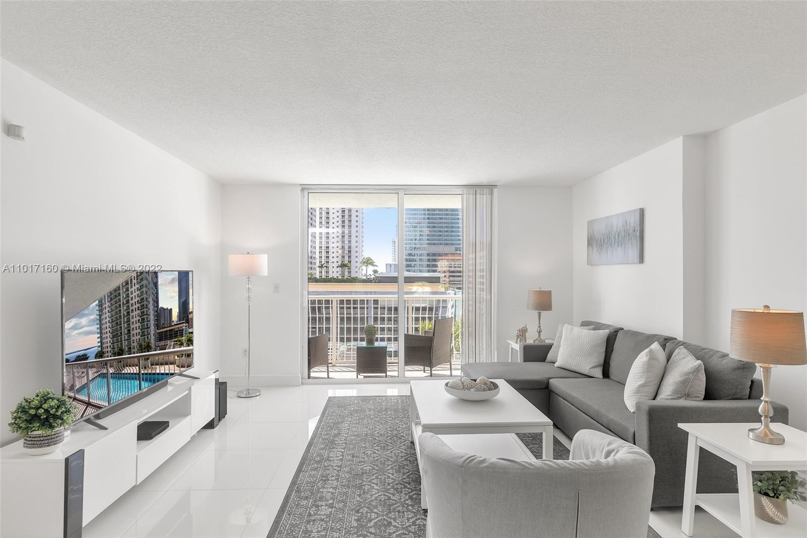 Club at Brickell #1521 - 1200 Brickell Bay Dr #1521, Miami, FL 33131