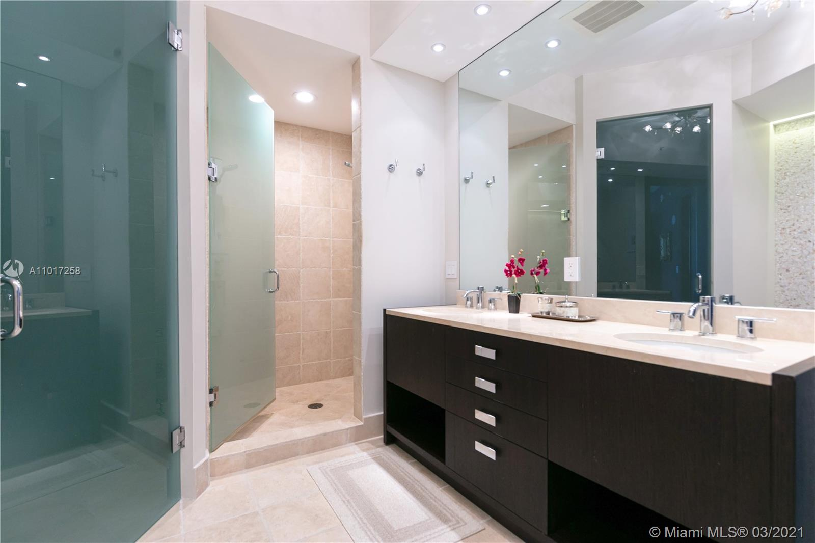 18201 Collins Ave #3909 photo028