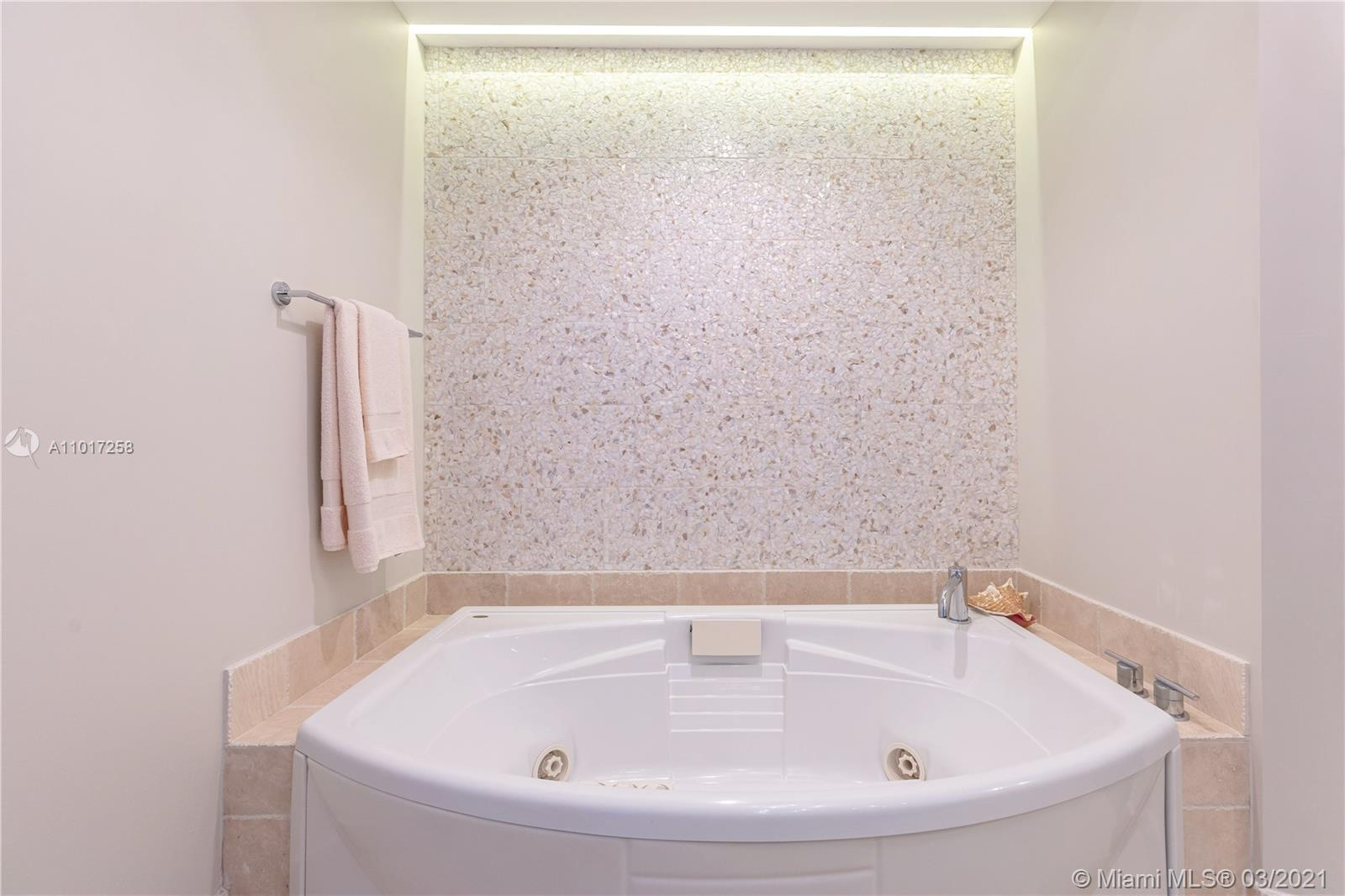 18201 Collins Ave #3909 photo030