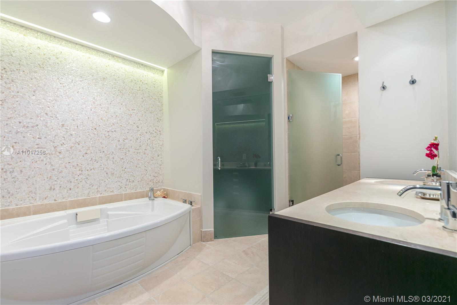 18201 Collins Ave #3909 photo029