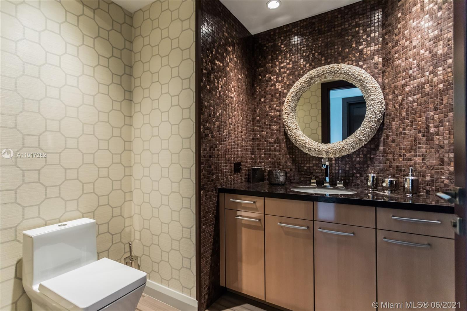 10295 Collins Ave #1203 photo025