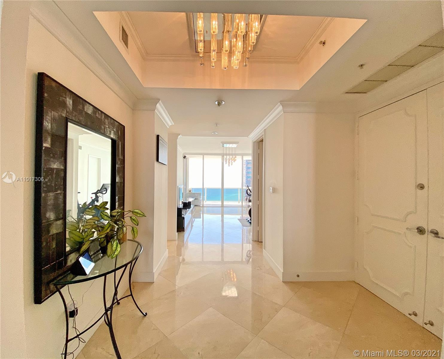 18101 Collins Ave #4102 photo01