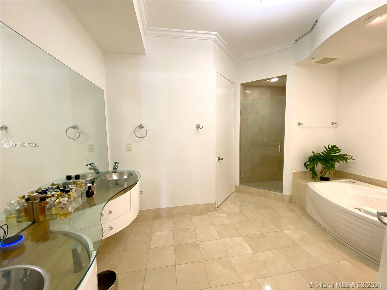 18101 Collins Ave #4102 photo09