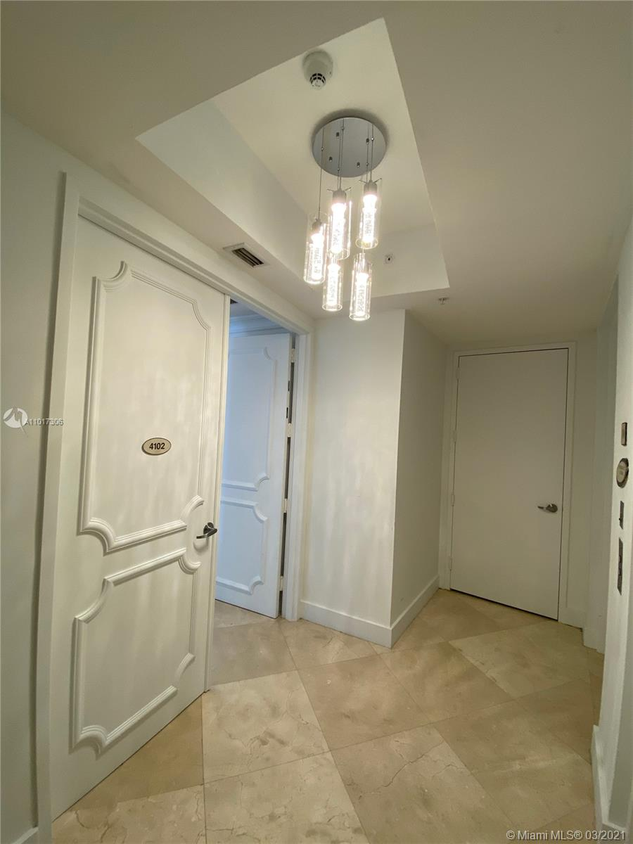 18101 Collins Ave #4102 photo021