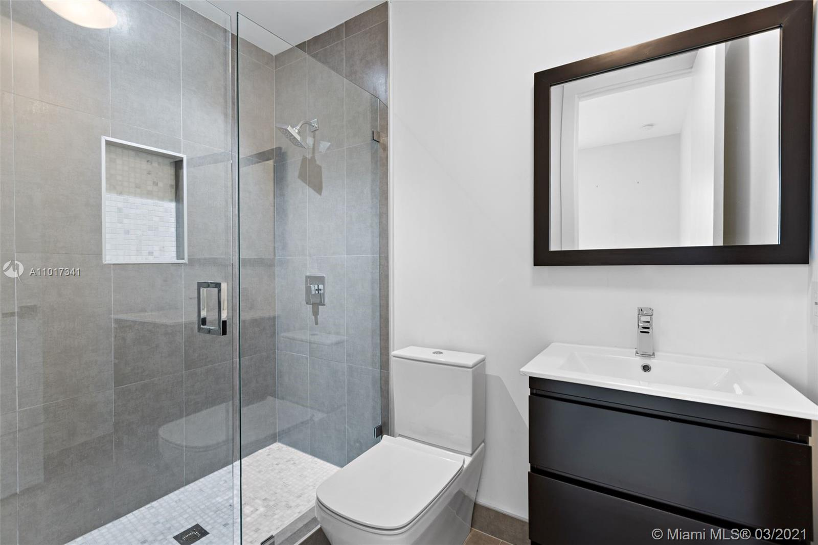 8271 NW 34th Dr photo029