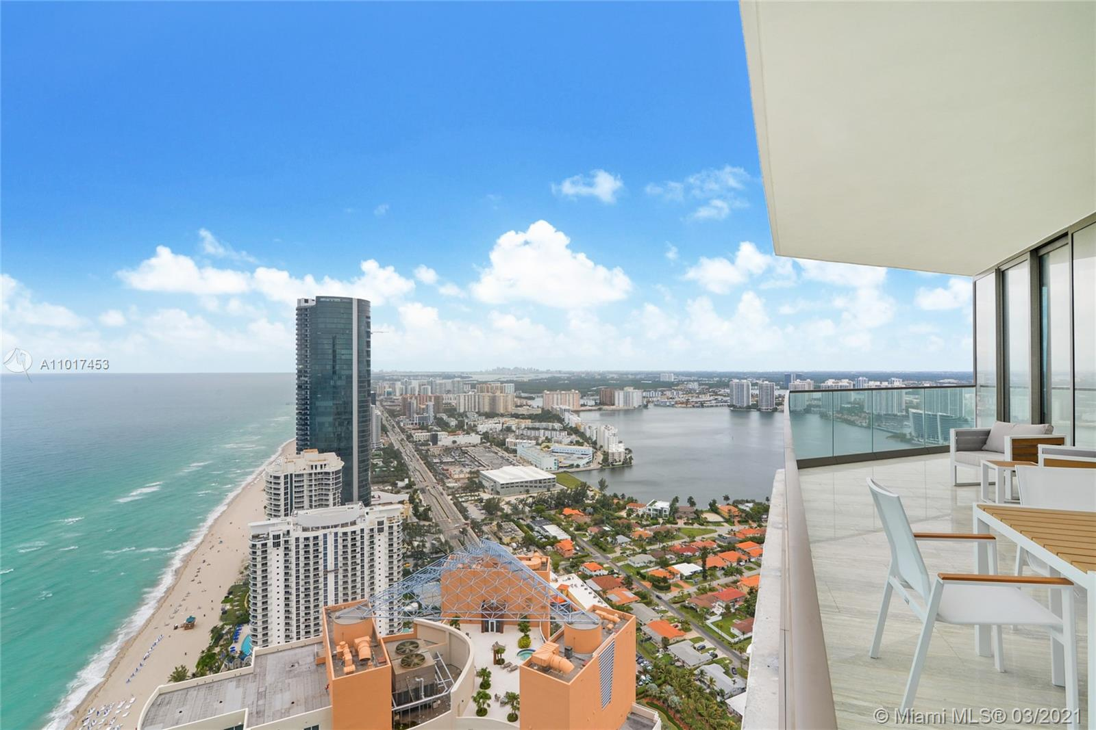 18975 Collins Ave #4404 - FURNISHED/TURNKEY photo011