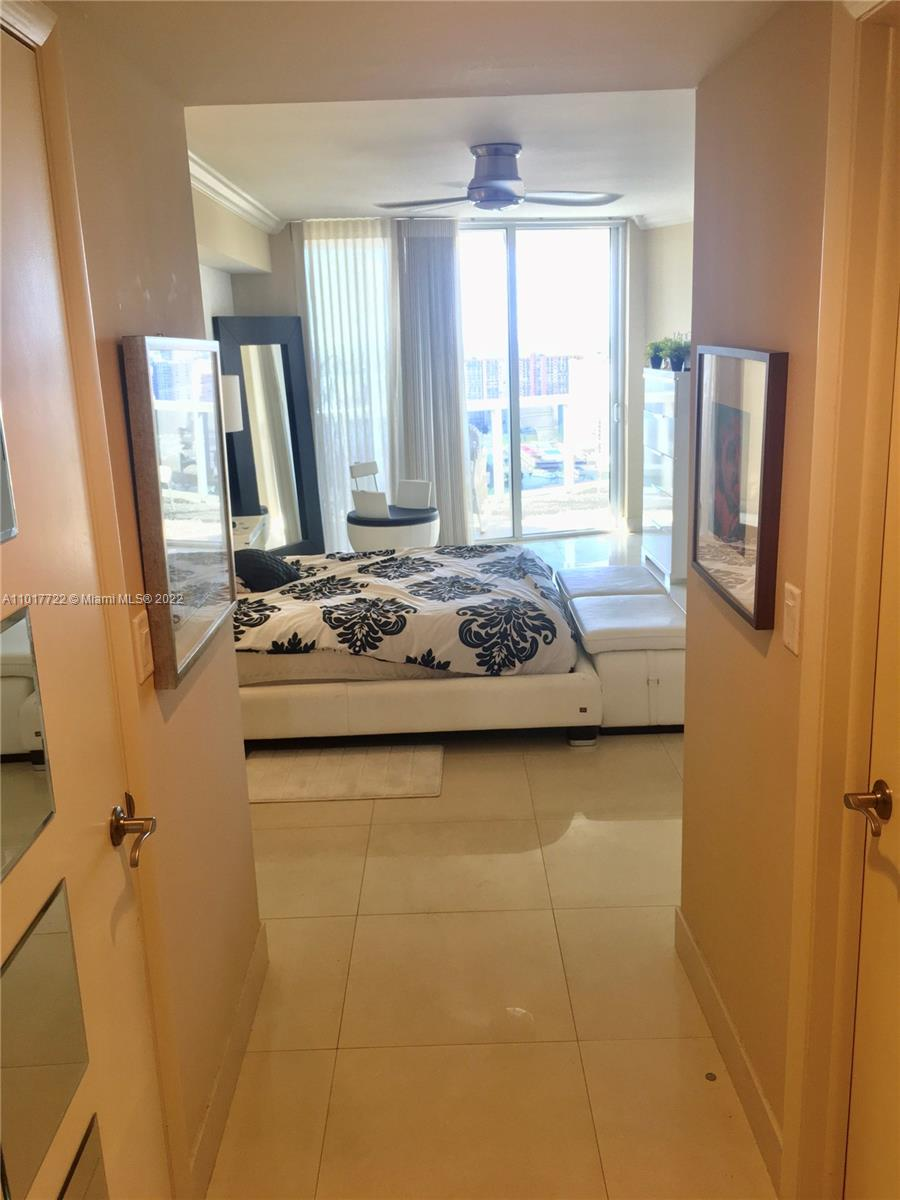 17201 Collins Ave #2907 photo011