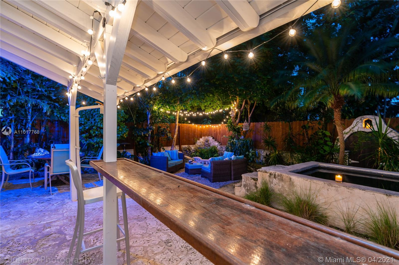 842 Espanola Way photo02