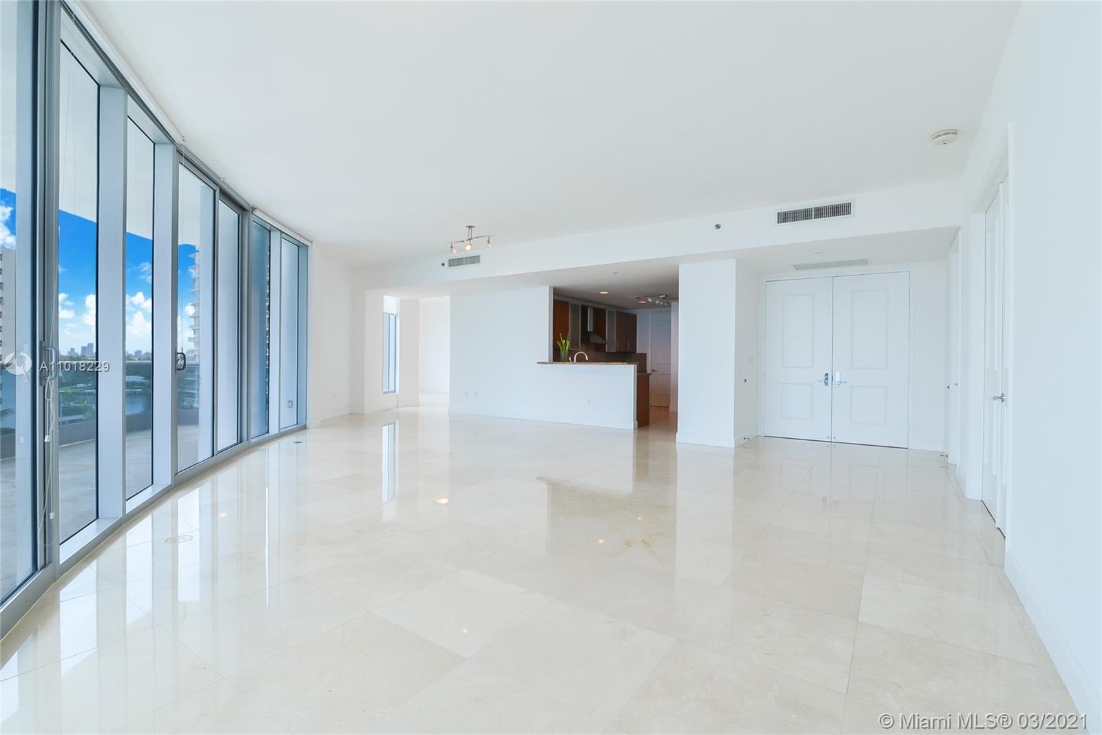 5959 Collins Ave #702 photo03