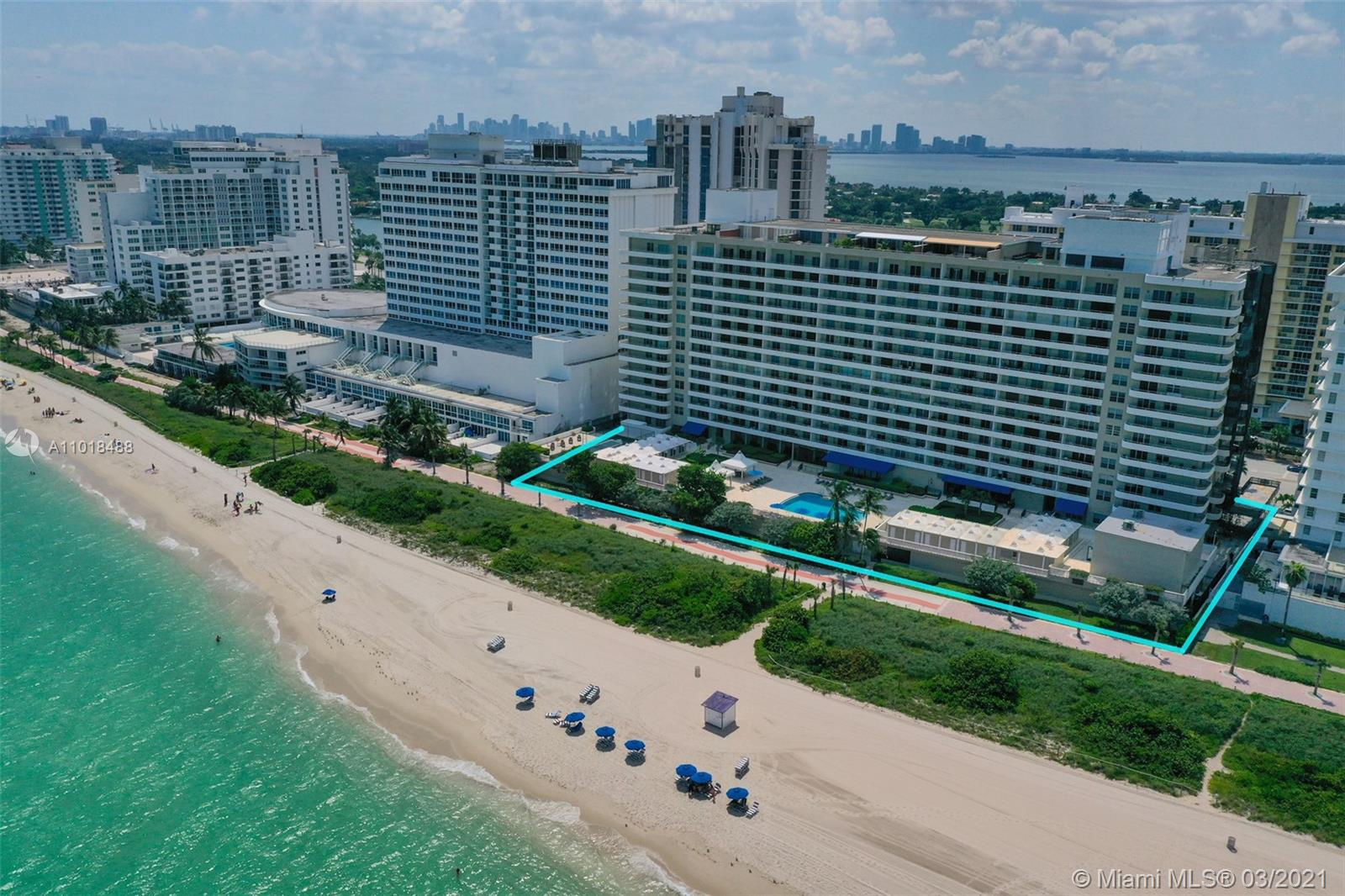Oceanside Plaza #11W - 5555 Collins Ave #11W, Miami Beach, FL 33140