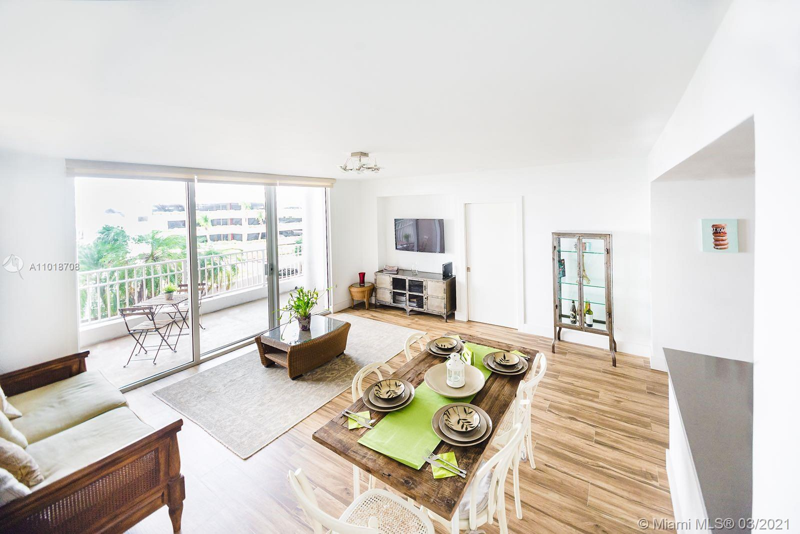 Courvoisier Courts #508 - 701 Brickell Key Blvd #508, Miami, FL 33131