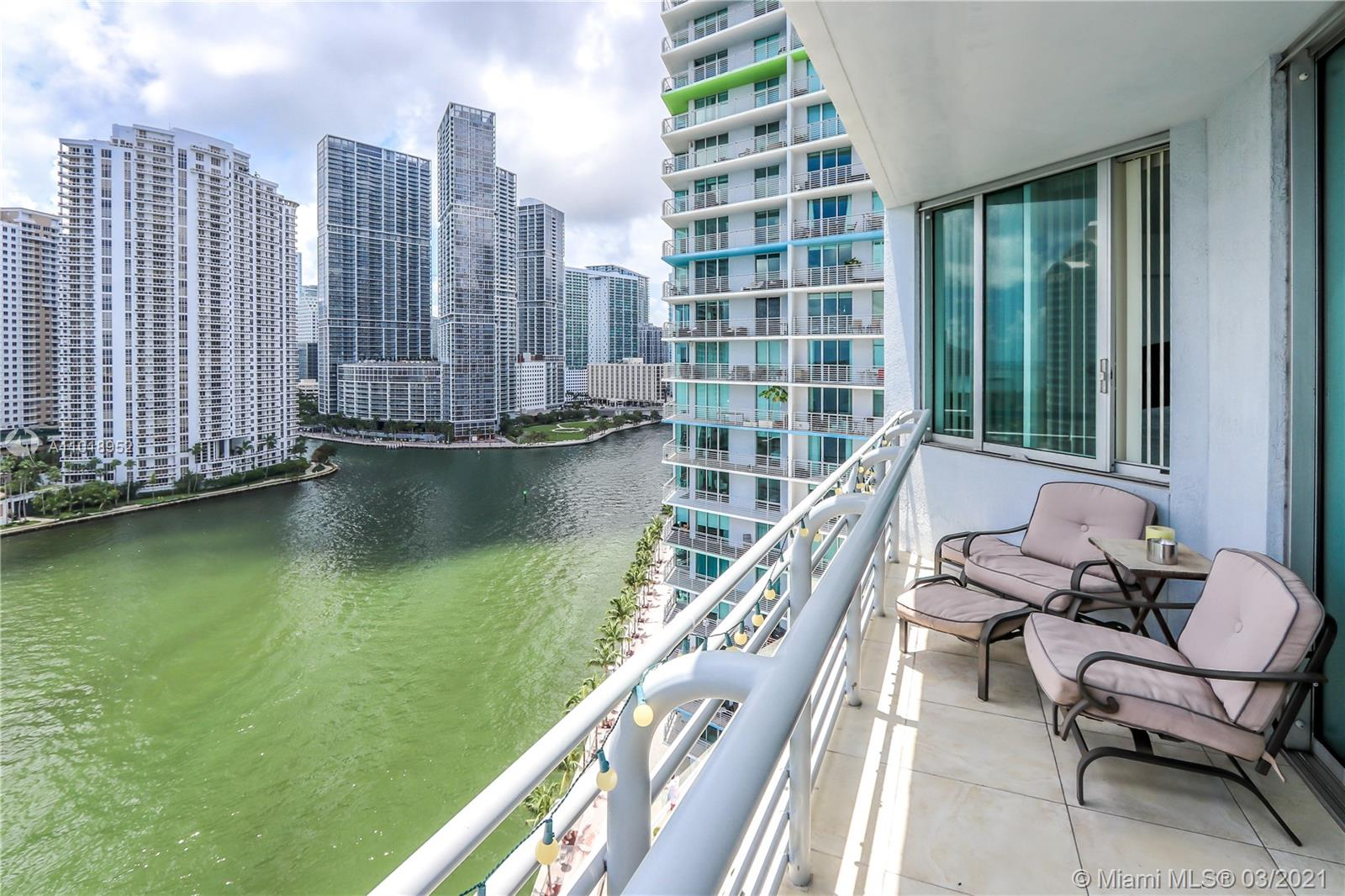 335 S Biscayne Blvd #1705 photo02